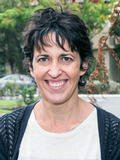 Photo of Suzanne Dyer